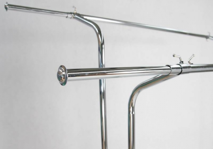Double armed stender with height and arm length regulation,  Chrome, Black.